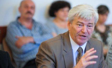 Valeriu Tabără propune reducerea TVA pentru alimente. Emil Boc se opune