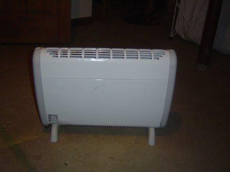 Gerul umple buzunarele comercianţilor, oamenii căutând cele mai bune aparate de încălzit
