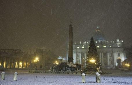Aproximativ 300 de morţi în toată Europa, din cauza valului de ninsori şi ger