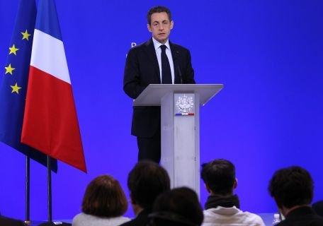 Nicolas Sarkozy: Statele care au împiedicat condamnarea violenţelor din Siria încurajează regimul