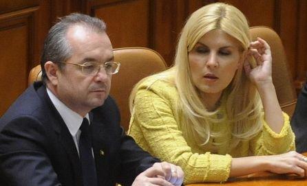 PDL ar putea anunţa ÎN ORICE MOMENT remanierea Cabinetului Boc