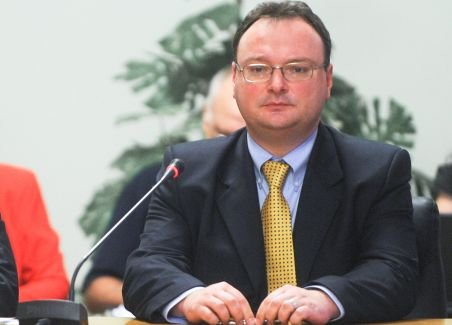 Cătălin Baba a primit aviz favorabil din partea comisiilor parlamentare de învăţământ
