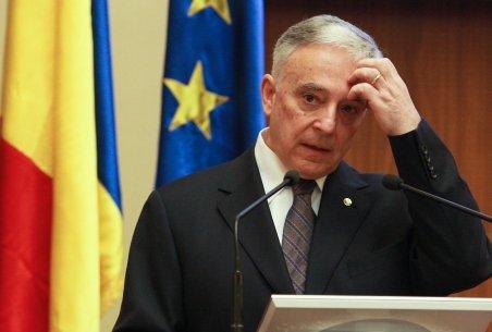 Isărescu: România ar trebui să nu mai încheie un nou acord cu FMI