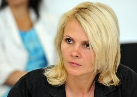 Singura femeie din cabinetul Ungureanu, Claudia Boghicevici, avizată în unanimitate pentru Ministerul Muncii