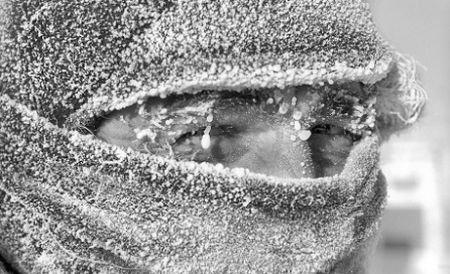 Gerul şi ninsorile pun stăpânire pe Europa: Peste 500 de oameni au murit îngheţaţi de frig