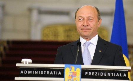Traian Băsescu a semnat decretul de numire în funcţie a Cabinetului Ungureanu