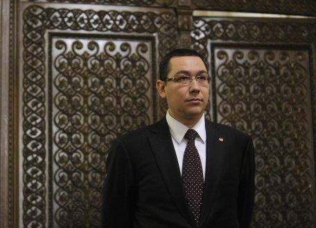 Victor Ponta cere premierului Ungureanu să nu repete greşelile predecesorului, Emil Boc