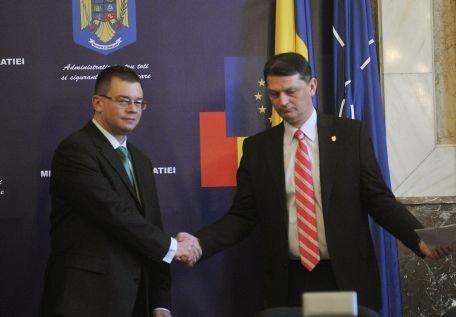 Premierul a cerut M.A.I. demararea unei campanii de informare privind semnificaţia codurilor meteo