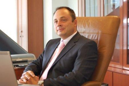 Directorul Transelectrica, revocat din funcţie de Bode la cererea lui Ungureanu. Vezi care este motivul