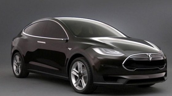 Tesla X, un crossover mai rapid decât un Porsche