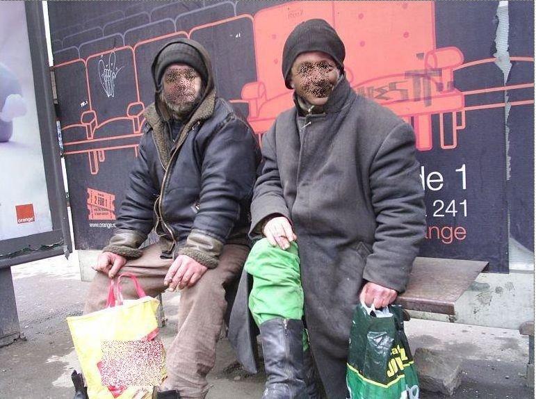 """Vi-i mai amintiţi? Au ajuns """"colegi de suferinţă"""" în stradă! Cea mai tare poză cu două personaje scandate la proteste"""