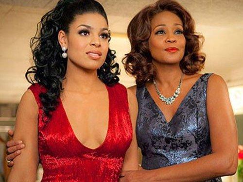 """""""Vor curge râuri de lacrimi"""". 2012 o va aduce pe marile ecrane pe Whitney într-o dramă impresionantă"""