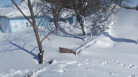 Glodeanu Siliştea, satul acoperit complet de zăpadă. Oamenii nu au mâncare sau apă, iar de medicamente au uitat