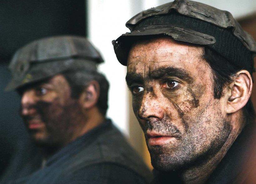 Minerii se sacrifică din nou pentru ajutorarea sinistraţilor. Vezi cum şi-au propus să îi ajute