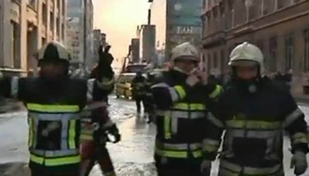 Confruntări stradale între pompierii şi poliţiştii din Belgia