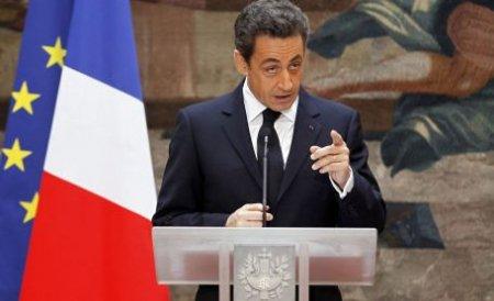 Nicolas Sarkozy îşi atacă adversarul de la prezidenţiale: Minte de dimineaţă până seara