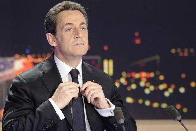 """Sarkozy vrea un nou mandat. Asemeni lui Băsescu, s-a prezentat drept """"un căpitan de navă aflat în faţa furtunii"""""""
