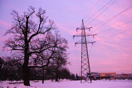 Buzău: 800 de familii sunt în continuare fără curent electric
