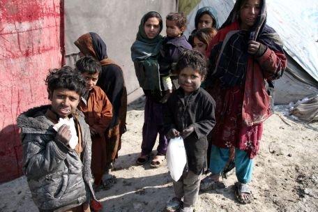 Afganistan. 40 de copii au murit în ultima luna, din cauza valului de ger şi ninsori