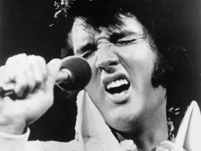 Dinţii de porţelan ai lui Elvis vor fi scoşi la licitaţie