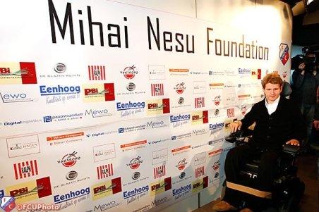 FRF donează Fundaţiei Mihai Neşu banii obținuți pe 3.000 de bilete la România - Uruguay