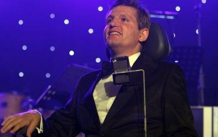 """Fundaţia """"Mihai Neşu"""" a strâns 70.000 de euro la gala de luni. Banii vor ajunge la persoanele imobilizate"""