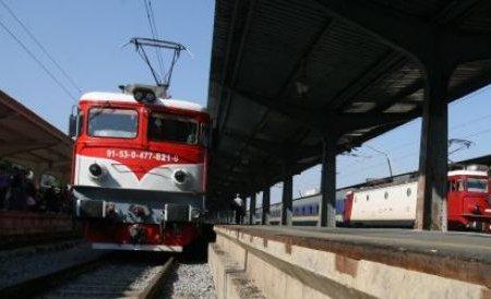 Trenul deraiat de pe ruta Arad-Oradea a fost repus pe şină