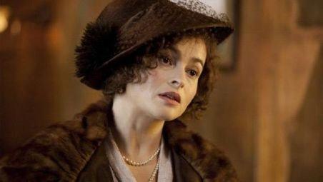 Helena Bonham Carter, decorată de regina Elizabeth a II-a pentru realizările din întreaga carieră