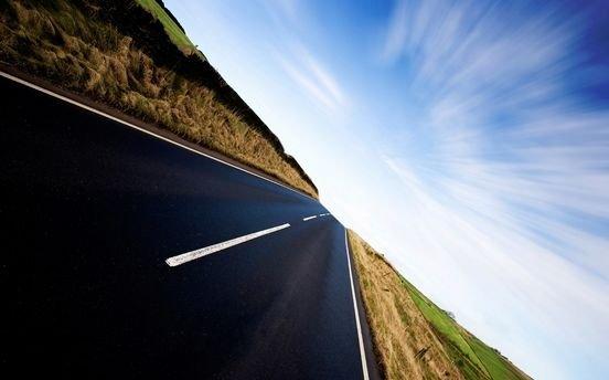Oriunde ai merge, trebuie să urmezi o cale. Cele mai frumoase fotografii cu DRUMURI