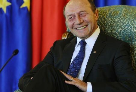 Cum a scăpat Traian Băsescu de cele două procese intentate de Vîntu