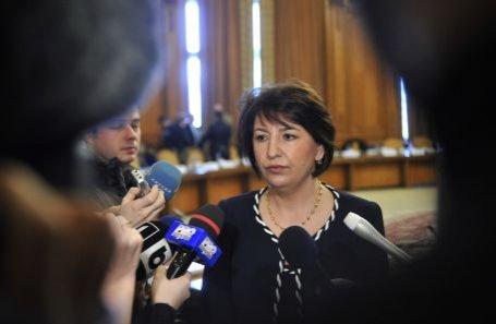 Sulfina Barbu: Gigi Becali ar trebui să îşi ceară scuze pentru jignirile aduse membrilor PDL
