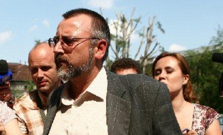 25 de ani de închisoare pentru avocatul Victor Teodorescu, acuzat că a comandat uciderea soţiei sale