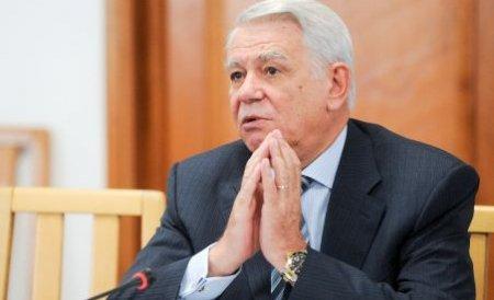 Băsescu l-a propus pe Teodor Meleşcanu la şefia SIE. Senatorul a acceptat şi s-a autosuspendat din PNL