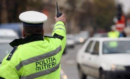 Doi poliţişti au provocat un accident în centrul oraşului Piteşti
