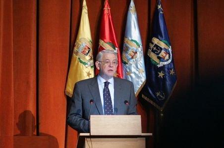 Teodor Meleşcanu a primit recomandare de la comisiile parlamentare pentru a ocupa şefia SIE. Votul, la ora 13.00