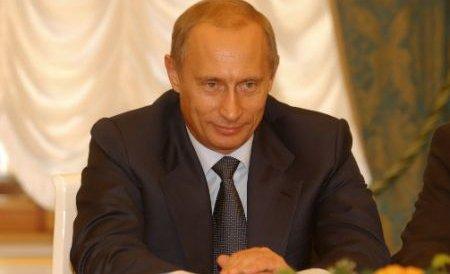 Vladimir Putin, creditat cu 60% din intenţiile de vot înaintea scrutinului prezidenţial