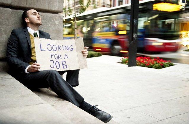 80% dintre şomeri preferă să rămână acasă decât să meargă la muncă. Vezi câţi bani ia cel mai bogat şomer