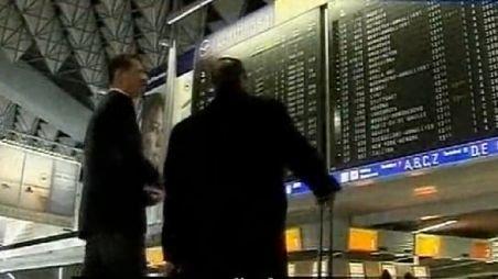 Justiţia germană interzice extinderea grevei în rândul angajaţilor aeroportului din Frankfurt