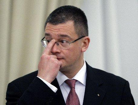 Mihai Răzvan Ungureanu: Nu am fost tocilar, m-am bucurat de adolescenţă