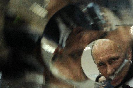 Rusia, în pragul alegerilor prezidenţiale. Vladimir Putin, creditat cu cele mai mari şanse de câştig