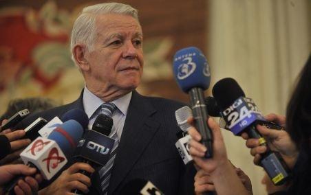 Directorul SIE, Teodor Meleşcanu, şi-a anunţat demisia din Senat