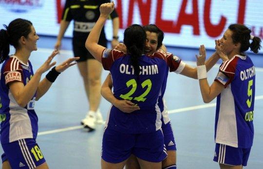 Oltchim s-a calificat în semifinalele Ligii Campionilor la handbal feminin