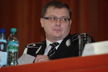 Şeful Poliţiei Române a ordonat verificări privind arma lui Vlădan şi plângerile împotriva lui