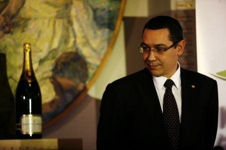 Victor Ponta: Udrea şi Anastase au adus nişte tineri să îl aplaude pe preşedinte