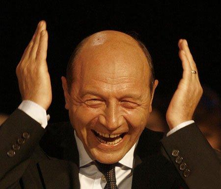 """Traian Băsescu: """"Nu ştiu de nici o problemă din interiorul coaliţiei şi nu e treaba mea să o rezolv"""""""