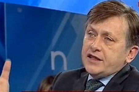 Antonescu: Telefonul a fost o diversiune slabă, o încercare de a-l compromite pe Ponta