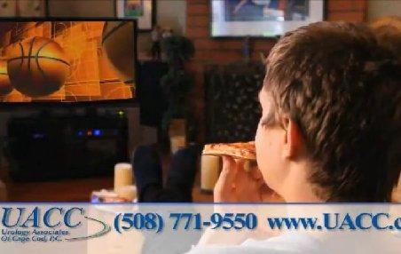 Ce înseamnă vasectomia? O săptămână de pizza şi canale sport la TV. Tu ţi-ai face operaţia?