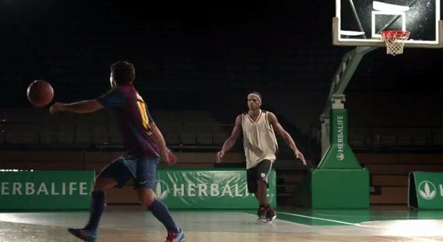 Lionel Messi reinventează baschetul