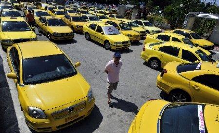 Miting al taximetriştilor, în perioada 27-30 martie, în faţa Primăriei Capitalei
