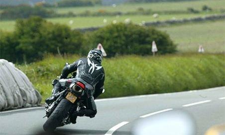 Motociclist vitezoman prins lângă Constanţa cu peste 200km/oră
